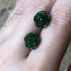 🆕🔥 Russian Jade (俄罗斯碧玉)Rose Earrings